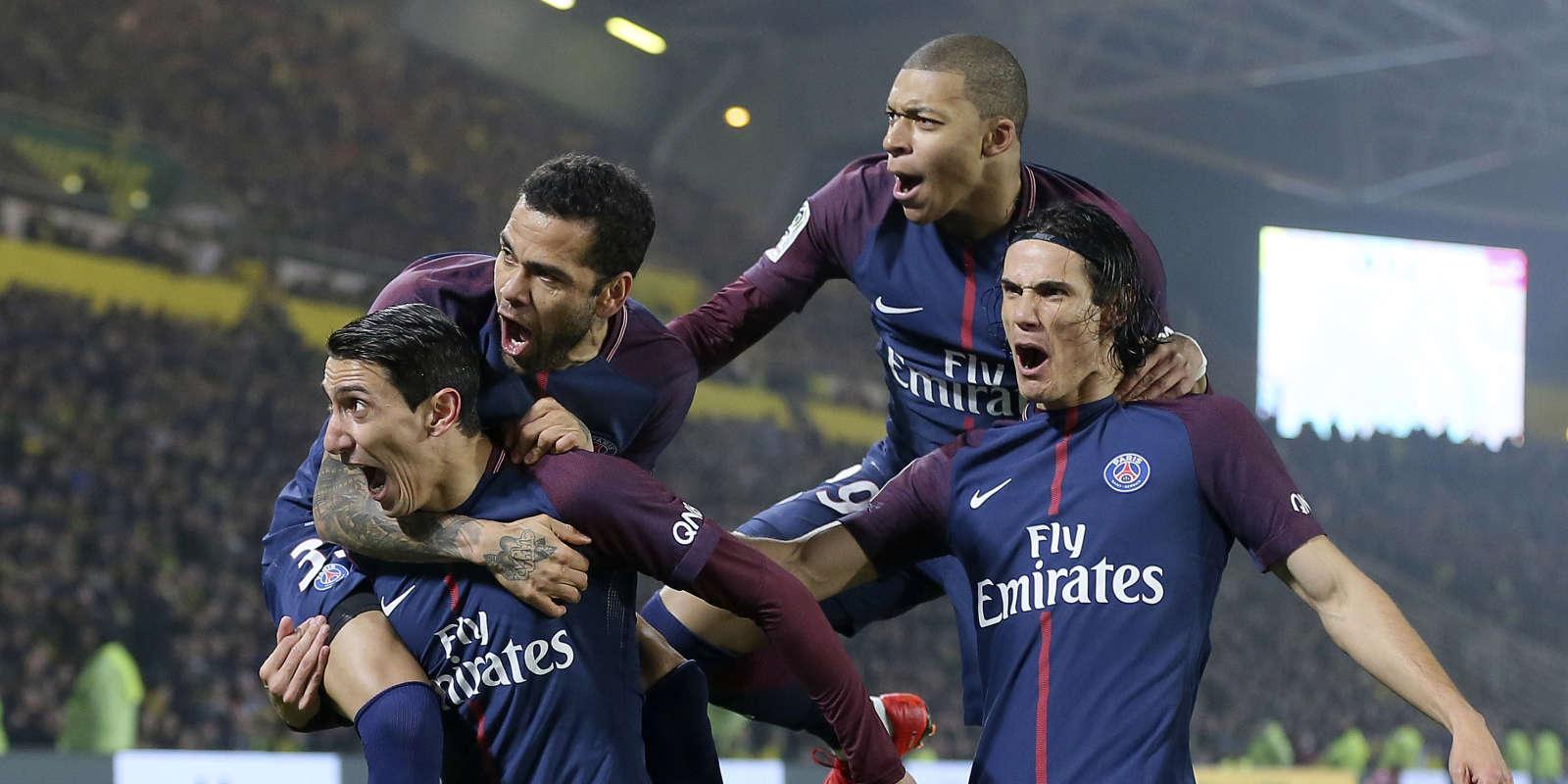 Les Parisiens après l'ouverture du score de Di Maria.