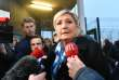 Marine Le Pen devant la prison de haute sécurité de Vendin-le-Vieil (Pas-de-Calais), après l'agression d'un surveillant, le 12 janvier