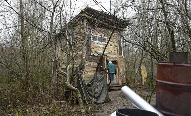 A l'été 2016, des opposants au projet ont investi une forêt de 220 hectares à Bure, le bois Lejuc.