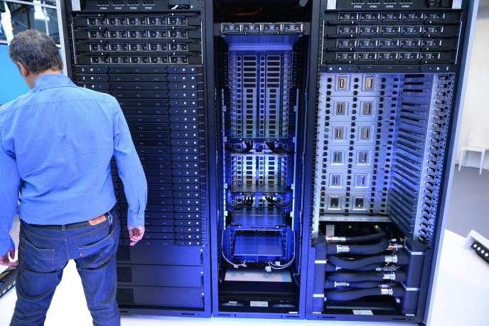Bull sequana, le supercalculateur du groupe informatique Atos, lors de sa présentation à Paris, en avril 2016.