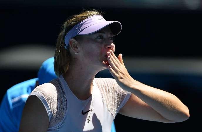 Maria Sharapova après sa victoire, mardi 16 janvier à Melbourne, contre l'Allemande Tatjana Maria.