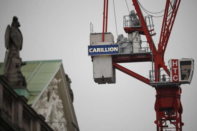 Une grue de construction du groupe Carillion sur un chantier de Londres, en janvier.