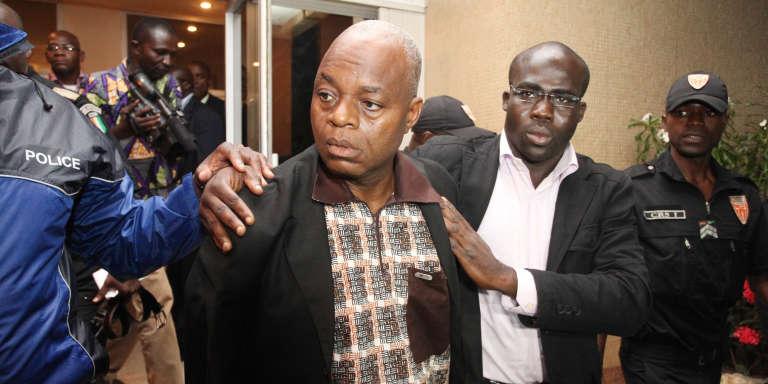 Lida Kouassi à son arrivée à Abidjan, après avoir été extradré du Togo, le 6 juin 2012.