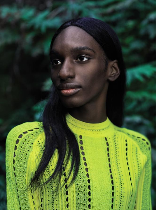 Pour sa nouvelle ligne de soins, la marque Shiseido mise de son côté sur une beauté naturelle.