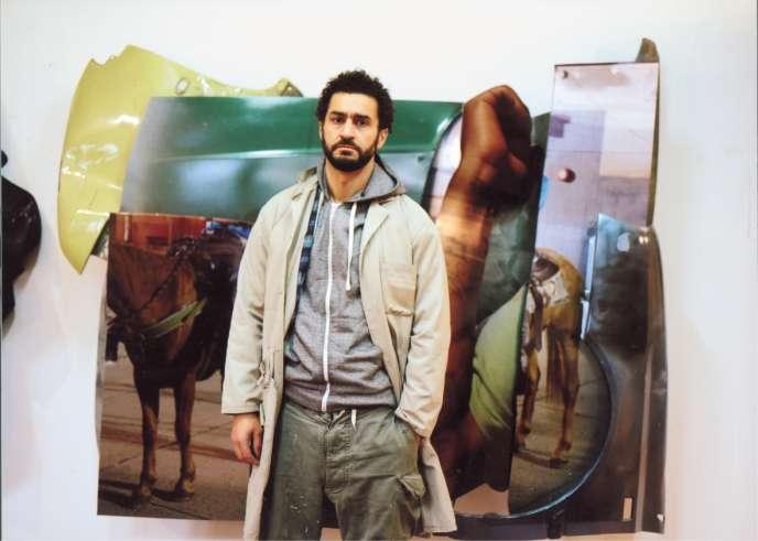 Mohamed Bourouissa, le 5 janvier 2018, dans son atelier d'Asnières-sur-Seine, dans les Hauts-de-Seine.