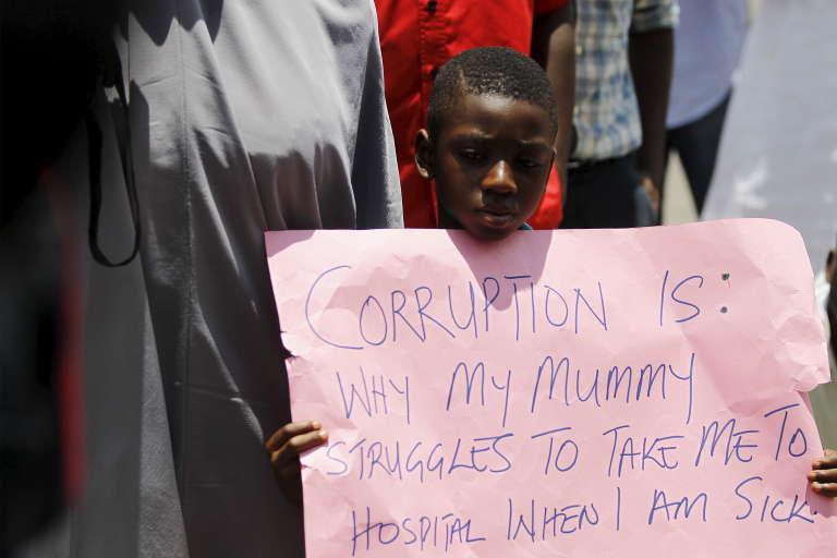 Lors d'une manifestation contre la corruption au Nigeria, en 2015, à Abuja.