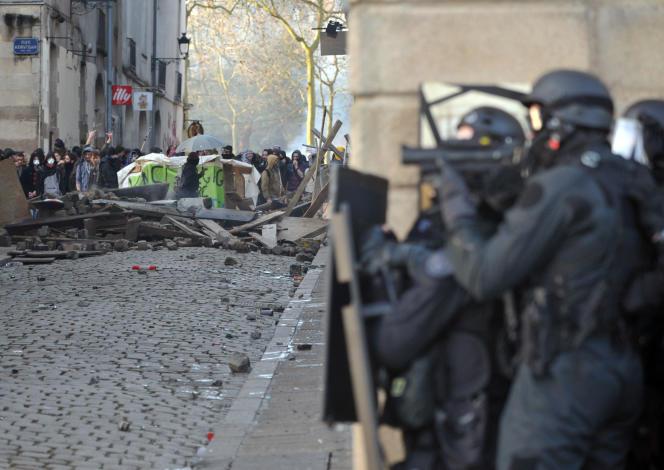 Dans le centre-ville de Nantes, le 22 février 2013.