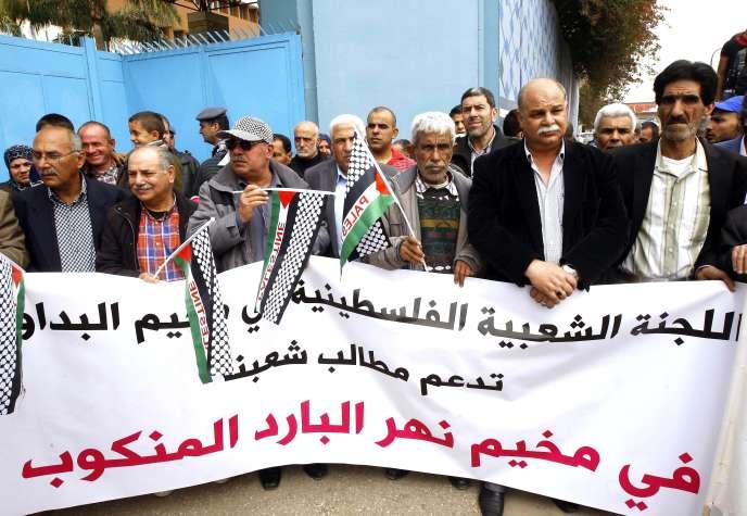 Manifestation pour l'achèvement de la reconstruction du camp de réfugiés palestiniens de Nahr El-Bared, à Beyrouth, en avril 2016.