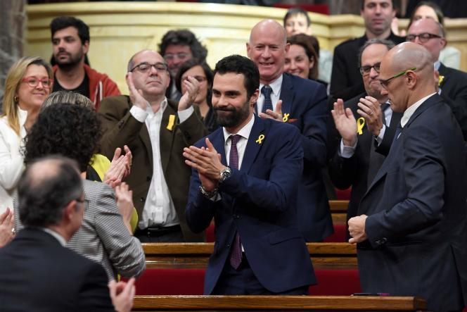 Roger Torrent, membre de la Gauche républicaine catalane (ERC), lors de la première séance duParlement catalan, mardi 17 janvier.