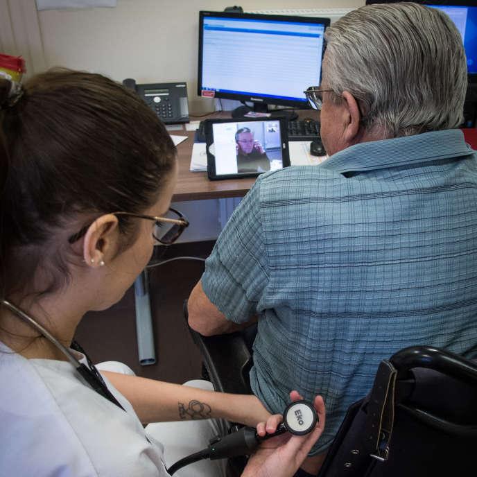Consultation de télémédecine a l'Ehpad de Souilly (Meuse), le 16 janvier.