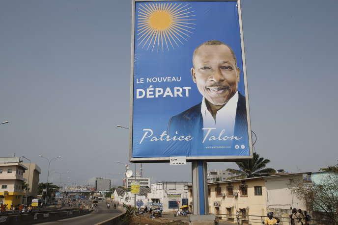 Une affiche représentant Patrice Talon lors de la campagne pour l'élection présidentielle de 2016, à Cotonou.