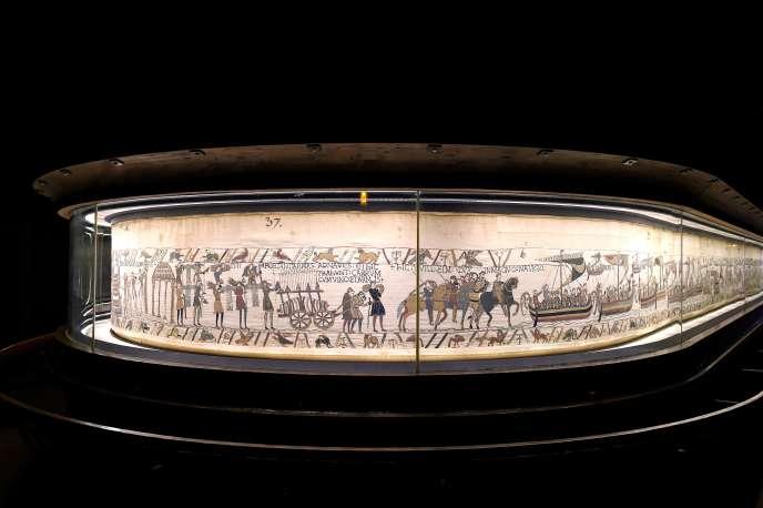 La tapisserie de Bayeux relate la conquête normande de l'Angleterre.