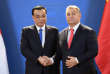 Les premiers ministres chinois, Li Keqiang, et hongrois, Viktor Orban, à Budapest, en novembre 2017.