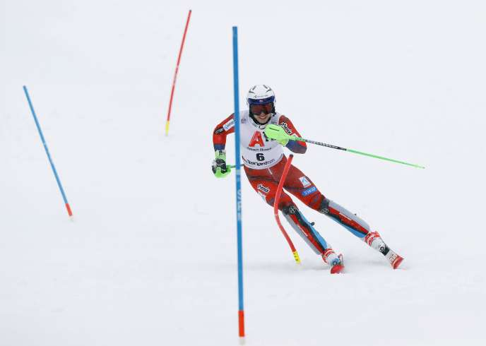 Henrik Kristoffersen en action.