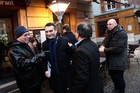 Florian Philippot dans les rues de Belfort, le 20 janvier, pour la campagne de la législative partielle dans le territoire, où l'ancienne frontiste Sophie Montel était candidate.