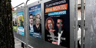 Affiches électorales d'extrême droite à Belfort, le 20 janvier 2018.