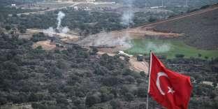 Bombardement des positions kurdes par l'armée turque, à la frontière entre la Turquie et la Syrie, le 21 janvier.