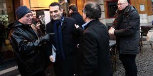 Florian Philippot dans les rues de Belfort, le 20 janvier 2018, pour la campagne de la législative partielle dans le territoire, où l'ancienne frontiste Sophie Montel était candidate.