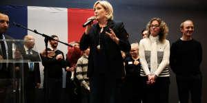 Lors de la galette des rois de la fédération FN du Nord, à Caudry, dimanche 21 janvier, en présence de Marine Le Pen.