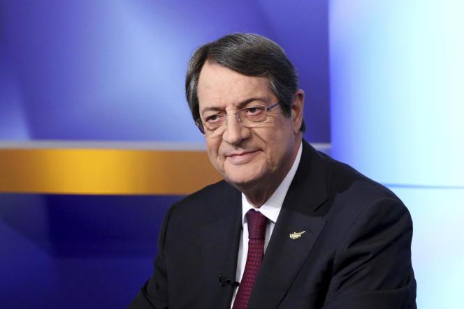 Nicos Anastasiades a participé à un débat télévisé avec d'autres candidats à Nicosia, lundi 22 janvier.