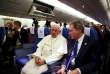 Le pape François dans l'avion du retour du Chili et du Pérou, le 22 janvier.