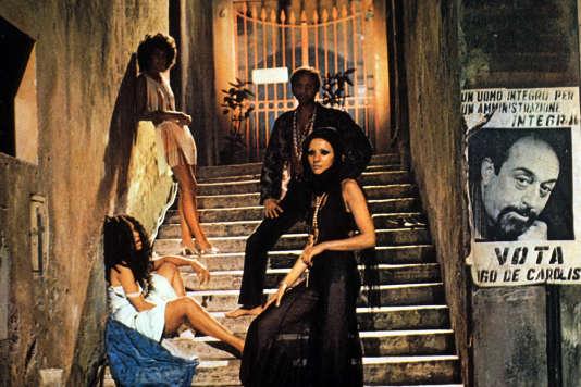 La Rome moderne (celle du début des années 1970) dans « FelliniRoma», de Federico Fellini (1972).