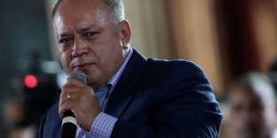 « Avant le 30 avril, doit se dérouler une élection présidentielle au Venezuela », annonce le décret proposé par le numéro deux du régime Diosdado Cabello et adopté à l'unanimité par l'Assemblée constituante acquise à Nicolas Maduro