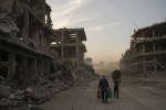 Selon l'ONU, les destructions dans la ville de Mossoul atteignent un niveau jamais vu depuis la seconde guerre mondiale. Alors, par où commencer pour réparer les dégats ?