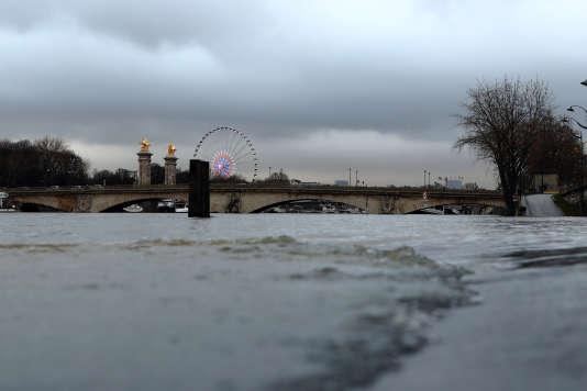 Le pont Alexandre-III, le 23janvier.