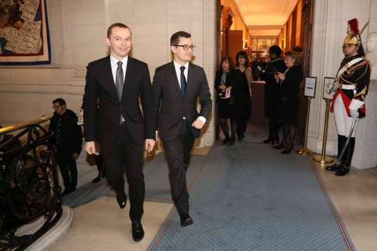 Le secrétaire d'Etat, Olivier Dussopt et le ministre de l'action et des comptes publics, Gérald Darmanin, à Paris, le 22 janvier.