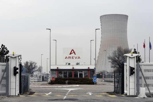 Le site du Tricastin, dans la vallée du Rhône, géré par EDF et Areva, regroupe une centrale nucléaire et des installations du cycle du combustible.