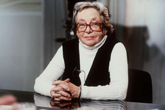 Marguerite Duras sur le plateau de l'émission de télévision « Apostrophes», le 28 septembre 1984.