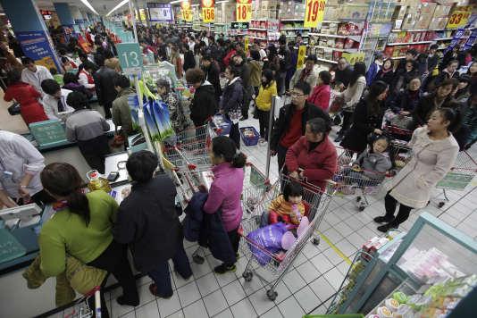 Un supermarché Carrefour à Wuhan, province chinoise de Hubei, le 3 décembre 2011.