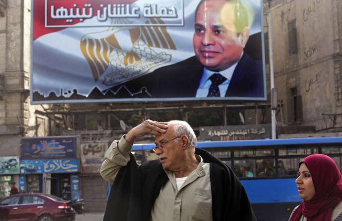 Une affiche de campagne du président égyptien, Abdel Fattah Al-Sissi, au Caire, le 22 janvier.