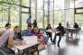Selon l'APEC, la perspective d'embauches de cadres à l'horizon 2020 est de 276 000. Ici, des étudiants de l'Ecole supérieure d'ingénieurs en génie électrique à Saint-Etienne-du-Rouvray (Seine-Maritime).