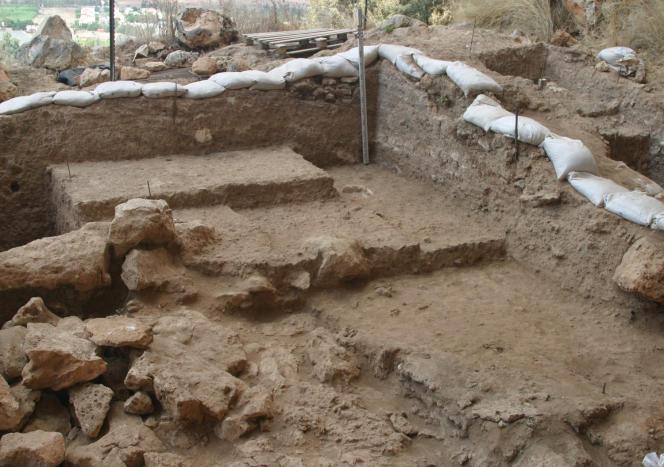 Vue intérieure de la grotte de Misliya (Israël), où le plus ancien fossile d'«Homo sapiens» hors d'Afrique a été découvert.