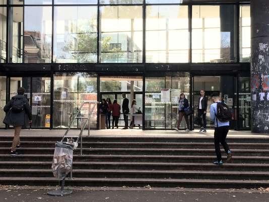 Faculté droit et santé de l'université de Lille.