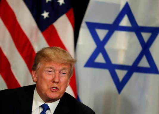 Donald Trump, lors d'une rencontre avec le premier ministre israélien, Benyamin Nétanyahou, à Davos (Suisse), le 25 janvier.