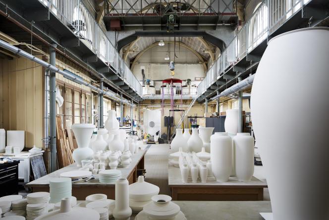 Pas moins de 55 000 objets balaient l'histoire de la céramique, de la Mésopotamie jusqu'au XXesiècle.