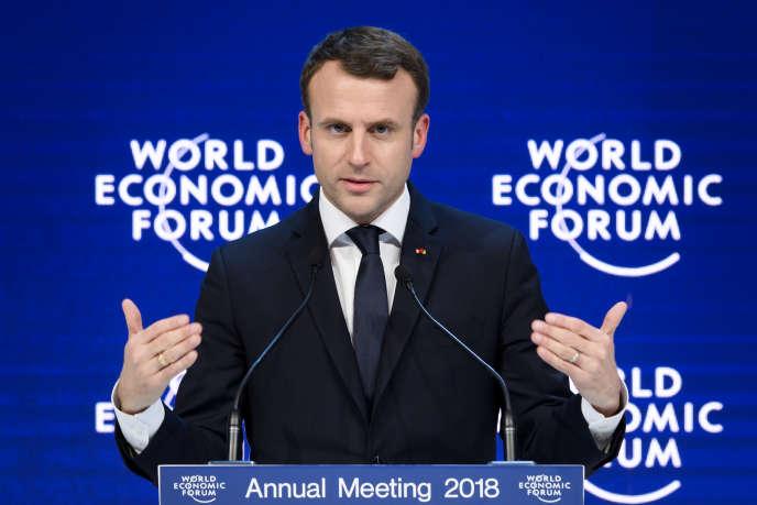 Le président Emmanuel Macron prononce un discours au Forum économique mondial, le 24 janvier 2018.
