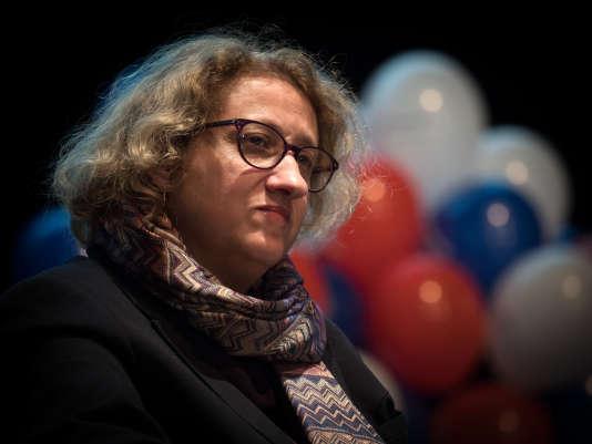 Isabelle Muller-Quoy, candidate LRM à la législative partielle de la 1re circonscription du Val-d'Oise lors d'une réunion publique le 22 janvier à Pontoise.