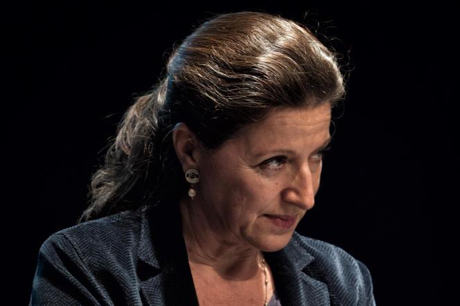 Agnès Buzyn, ministre des solidarités et de la santé, lors d'une réunion publique, le 22 janvier, à Pontoise (Oise).