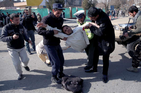A Kaboul, après un attentat visant l'Hôtel Intercontinental, samedi 27janvier, faisant plus de 100morts.