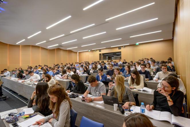 Salle de cours d'ESCP Europe, école qui termine troisième du classement 2019 de «L'Etudiant».