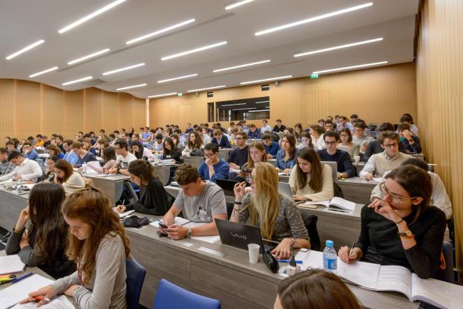 Les études en école de commerce (ici, ESCP Europe, à Paris) sont jugées les plus coûteuses par les familles.