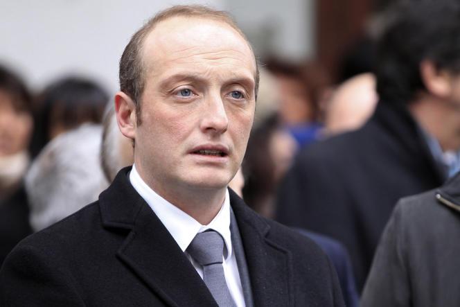 Laurent Marcangeli, maire d'Ajaccio, lors de la cérémonie en l'honneur du 17e anniversaire de la mort du préfet Claude Erignac, le 6 février 2015.