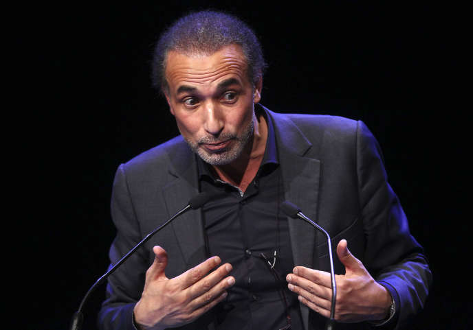 Tariq Ramadan lors d'un discours à Lille, le 7 février 2016.