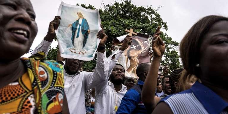Des catholiques manifestent contre le président Joseph Kabila, à Kinshasa, le 31 décembre 2017.