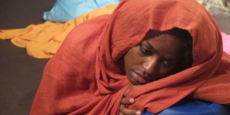 La jeune comédienne bénino-malgache Malyka Johany interprètait jusqu'au 23 janvier 2018, au théâtre Essaïon de Paris, l'histoire tragique de l'athlète somalienneSaamiya Yusuf.