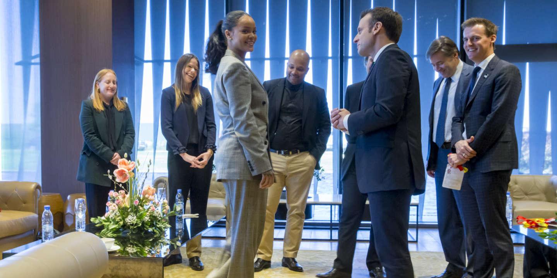 Emmanuel Macron Rihanna Et Le Monde Paien De L Olympe